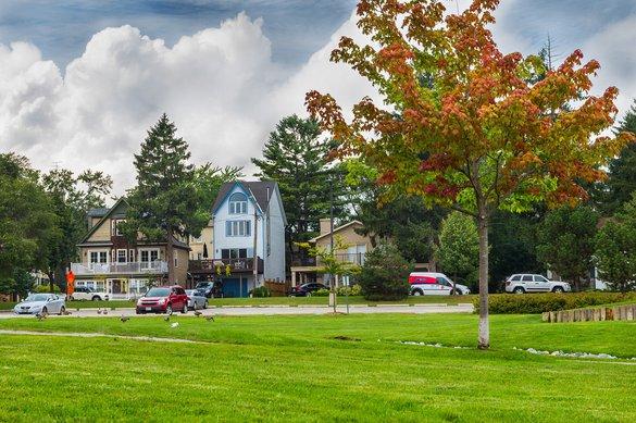 Bronte Village Oakville Housing rental rentals Community Downtown Neighbourhood