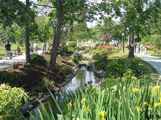 Halifax public garden tourist attraction downtown.jpg