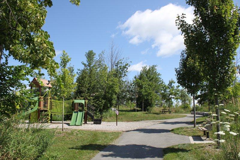Kanata Ottawa Neighborhood playground park