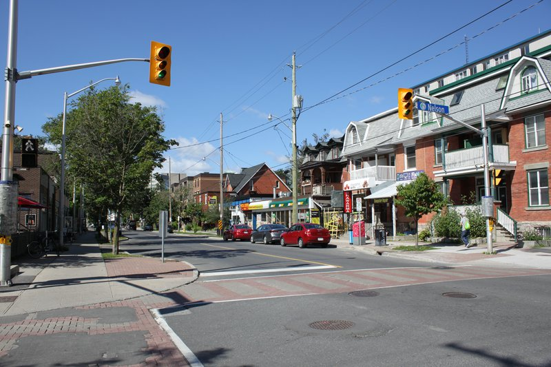 Sandy Hill Ottawa Neighborhood street apartment rentals rent shopping