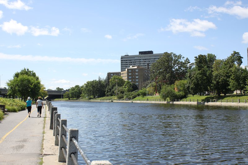 Sandy Hill Ottawa Neighborhood river nature Rideau canal
