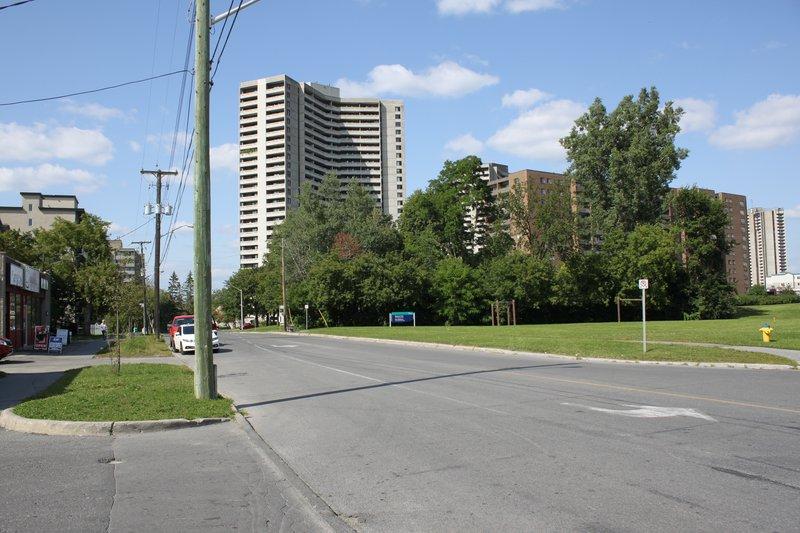 Lincoln Heights Ottawa neighborhood apartment for rent