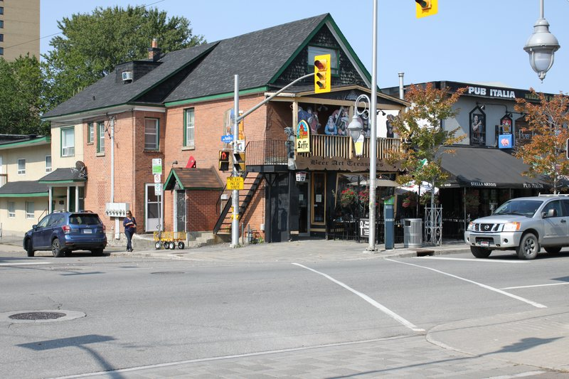 Little Italy Ottawa neighborhood street corner
