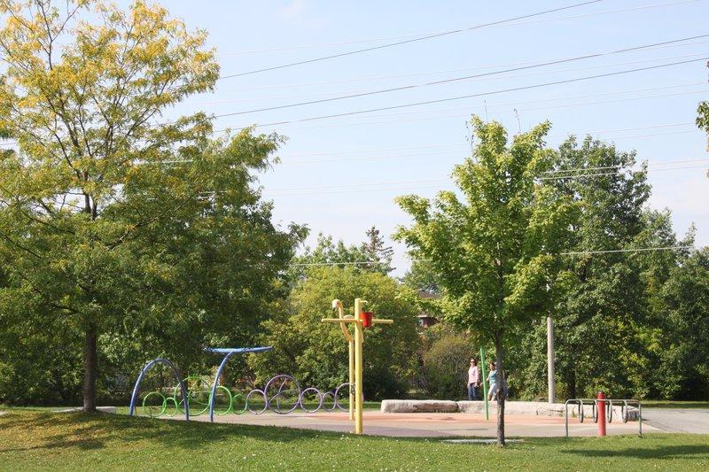 Centrepointe Park Splash Pad Ottawa Neighbourhood