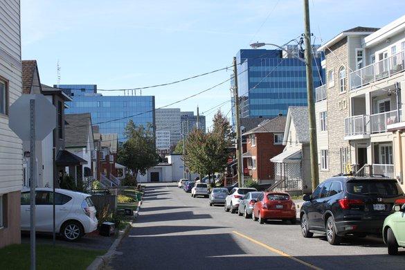 Vanier Ottawa Neighborhood Street House Rental Rentals