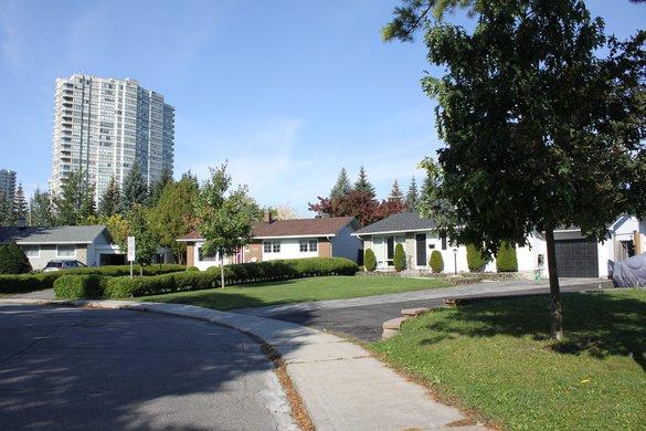 neighbourhood house rentals for rent in Alta Vista, Ottawa
