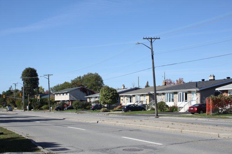 Heron Gate neighbourhood house for rent rentals Ottawa