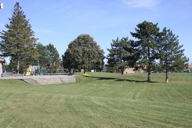 Heron Gate Park Ottawa neighborhood nature