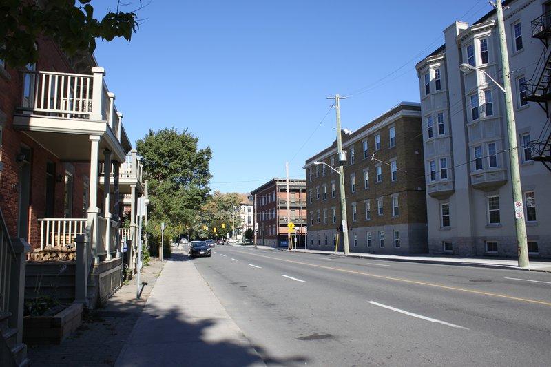 Lowertown Ottawa Neighborhood street apartment rentals