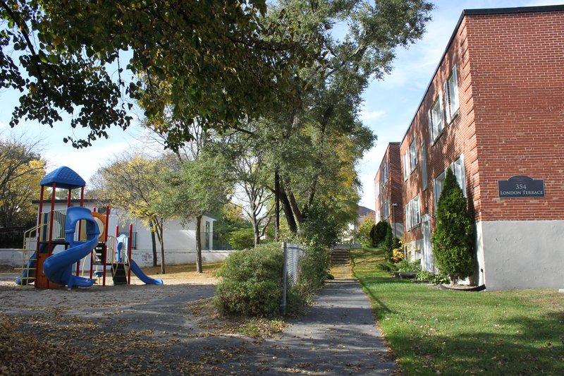 Manor Park Ottawa Neighborhood playground apartment for rent