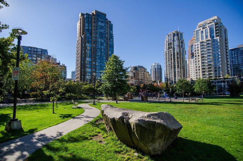 Vancouver park high rise apartments rentals rental.jpg