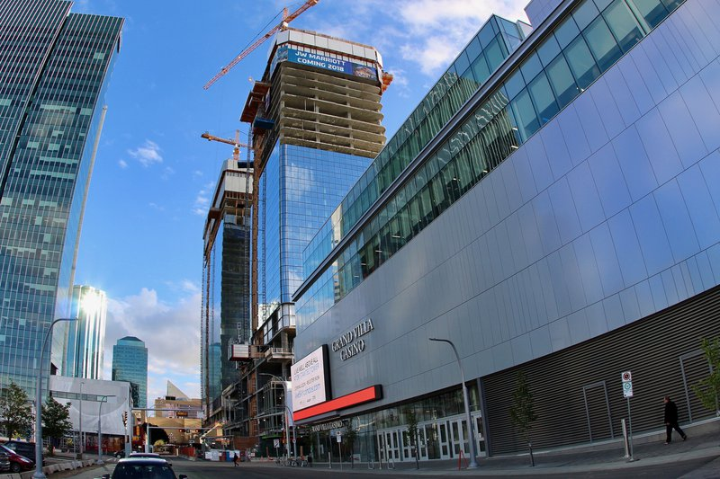 downtown edmonton construction apartment apartments rental rentals.jpg