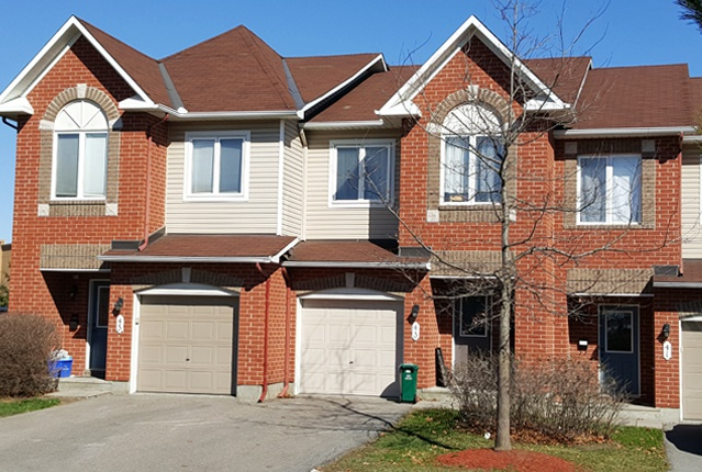 14 Timberline Private in Ottawa, ON