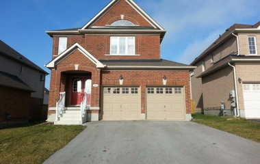 204 Gate St. Sovereigns in Barrie, ON