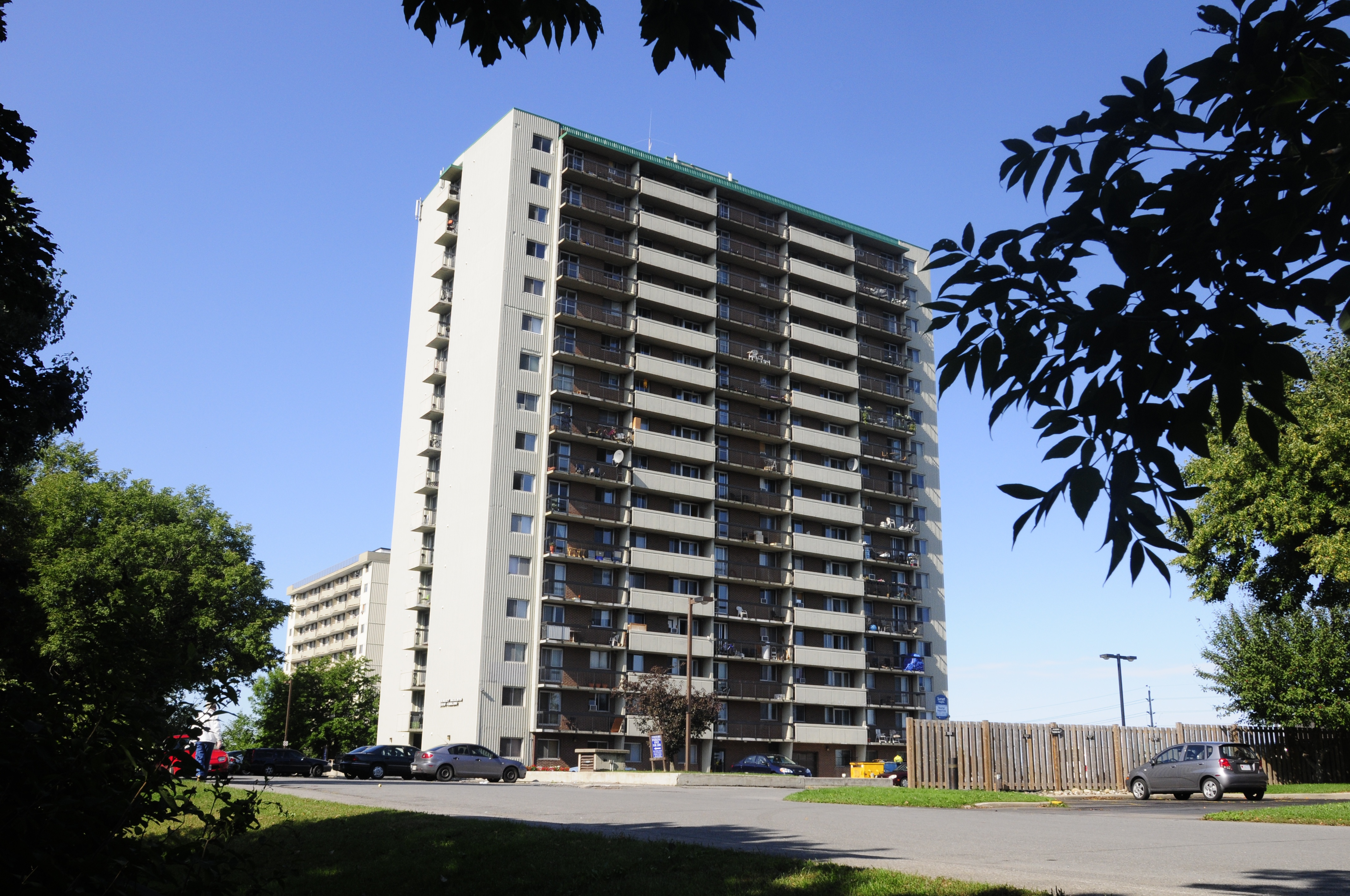 2880 & 2900 Carling Avenue Rental