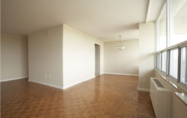289 The Kingsway in Etobicoke, ON
