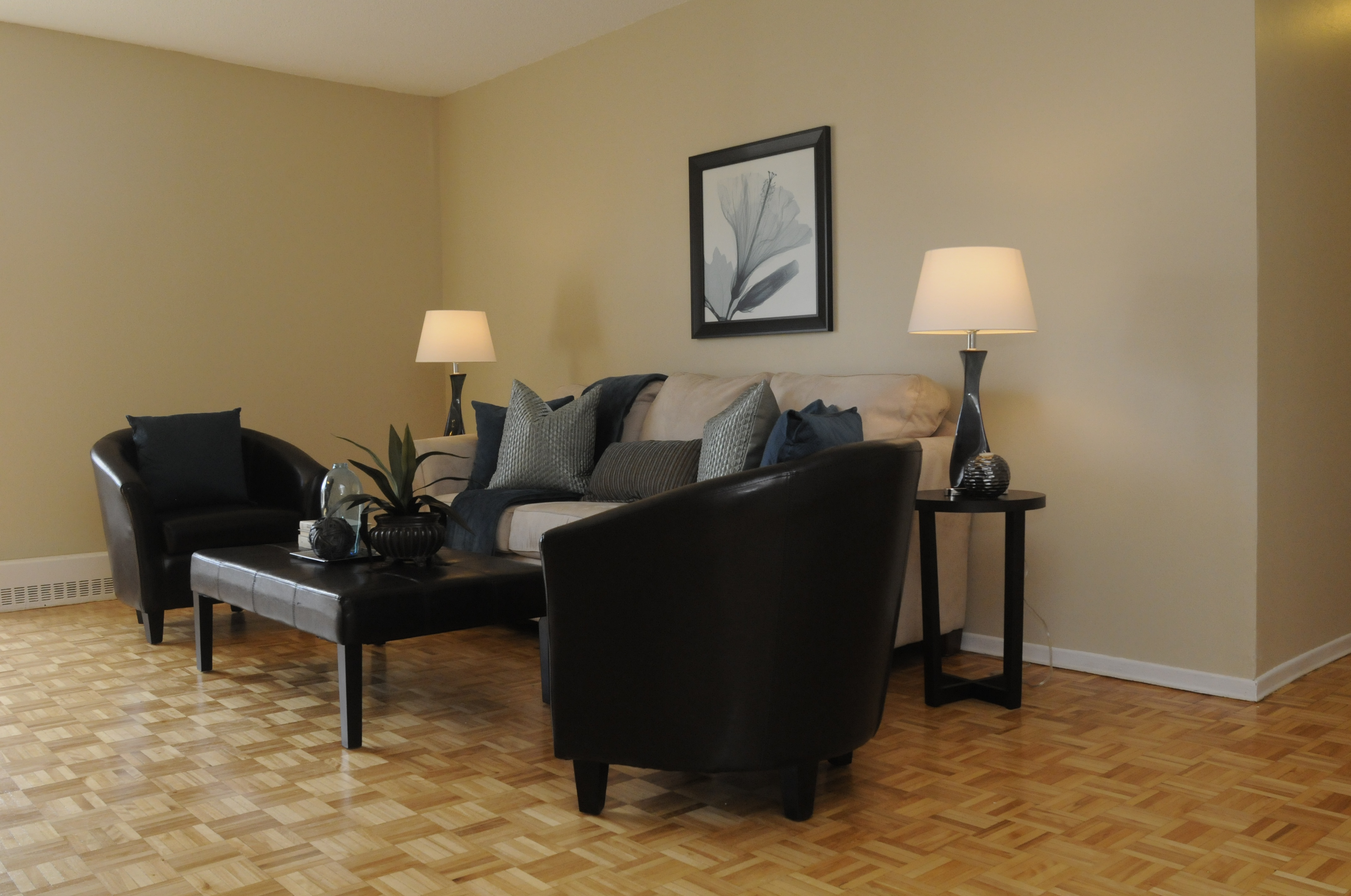 30 Central Parkway West in Mississauga, ON is Now Available