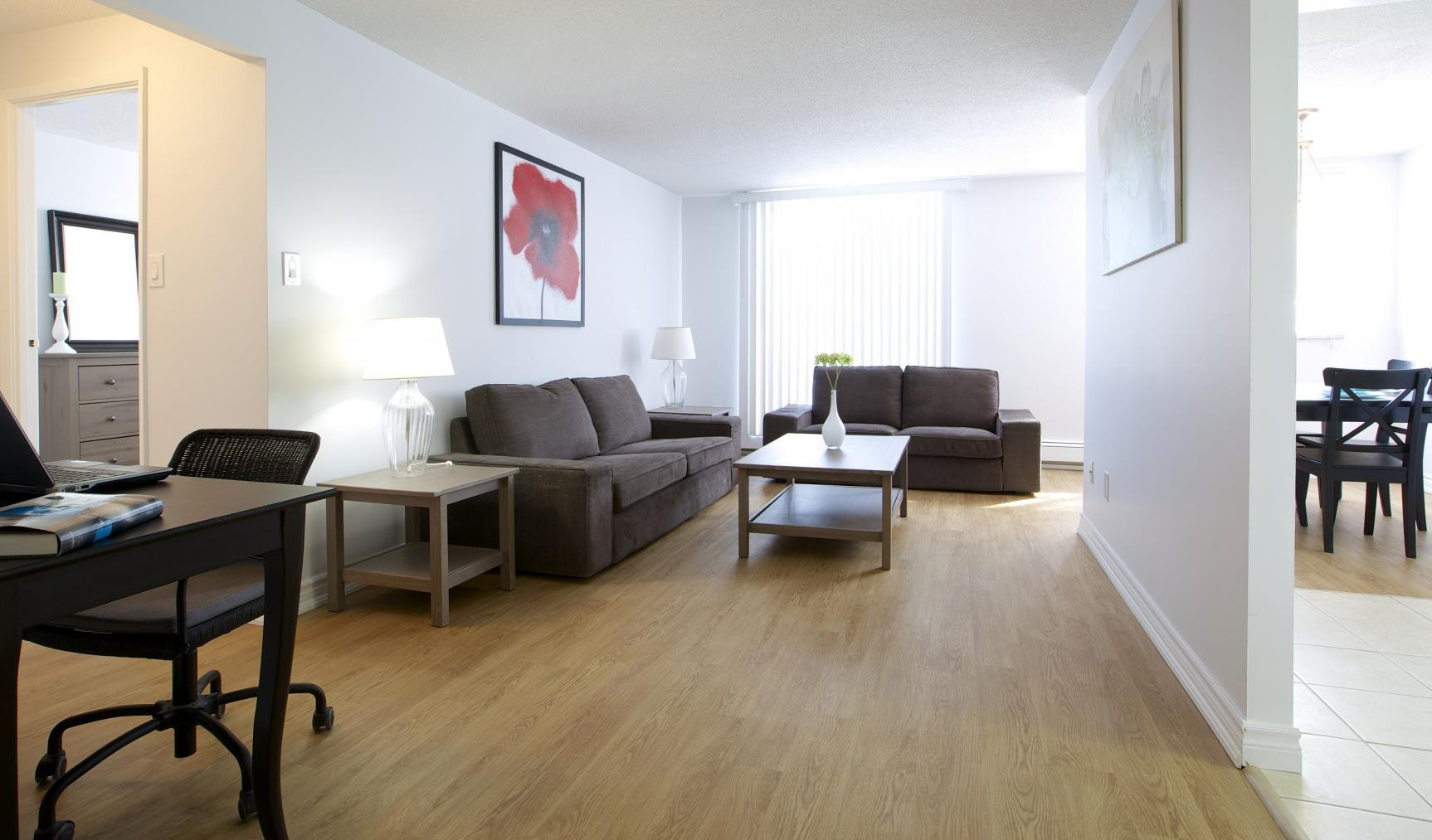 Laminate Flooring Kitchener 310 320 Kingswood Drive Kitchener Is For Rent
