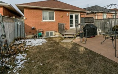 77 Longview Dr | Unit: upper