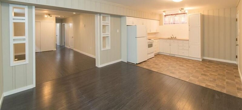 10316 76 St NW Rental