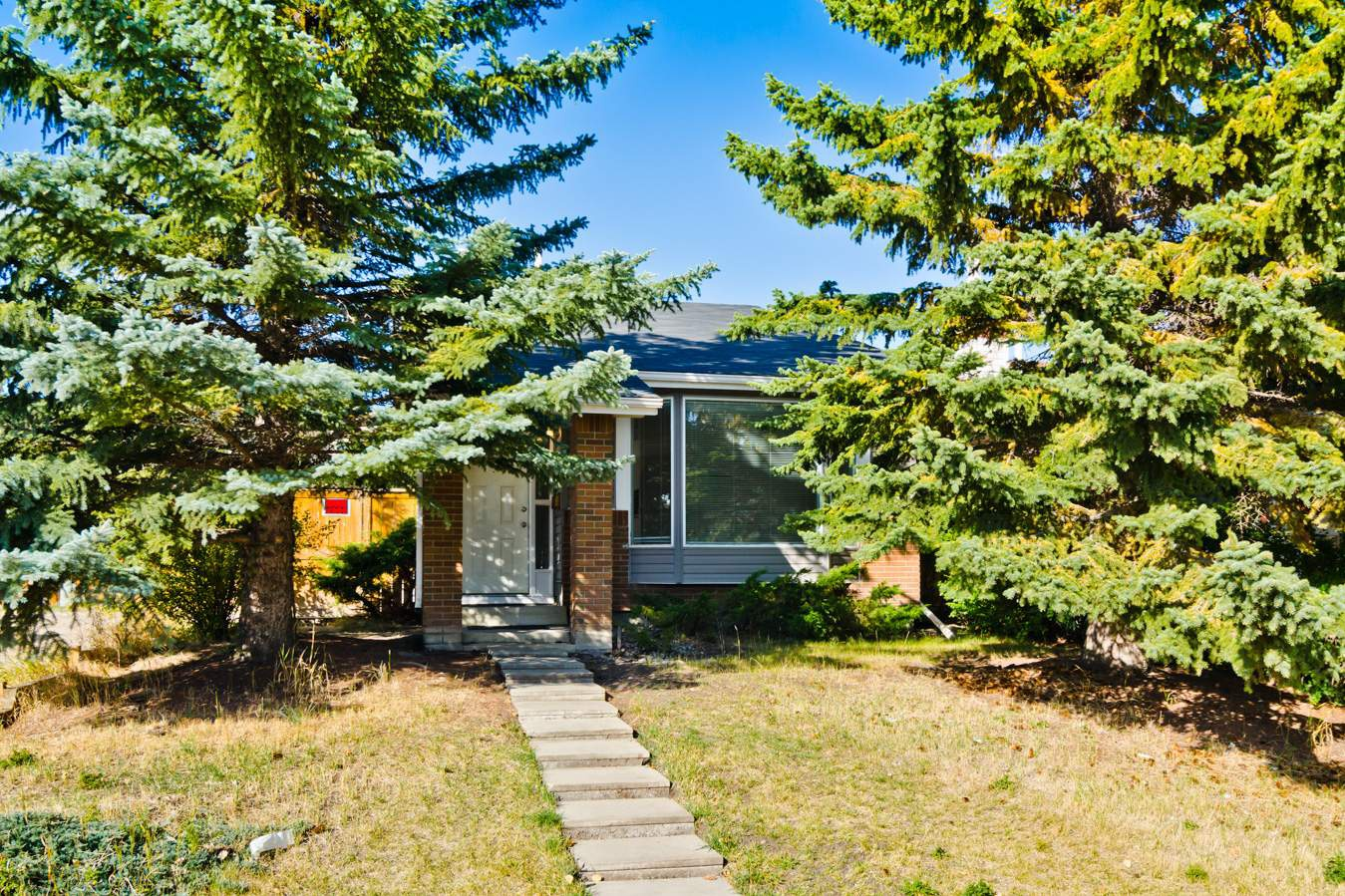 108  Woodglen Close Southwest in Calgary, AB is Now Available