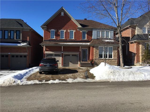 18 Kimberly Ct in Richmond Hill, ON