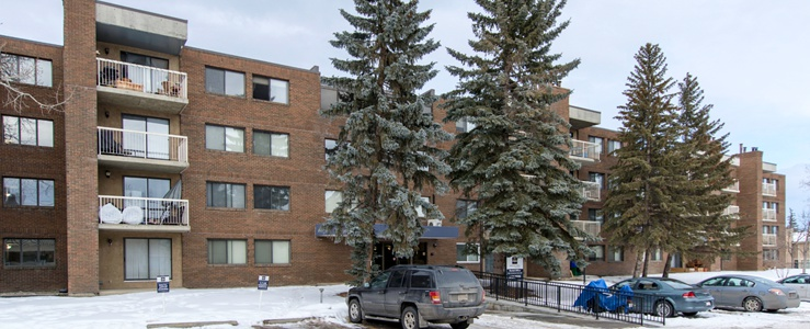 1825 Woodview Drive S.W in Calgary, AB is Now Available