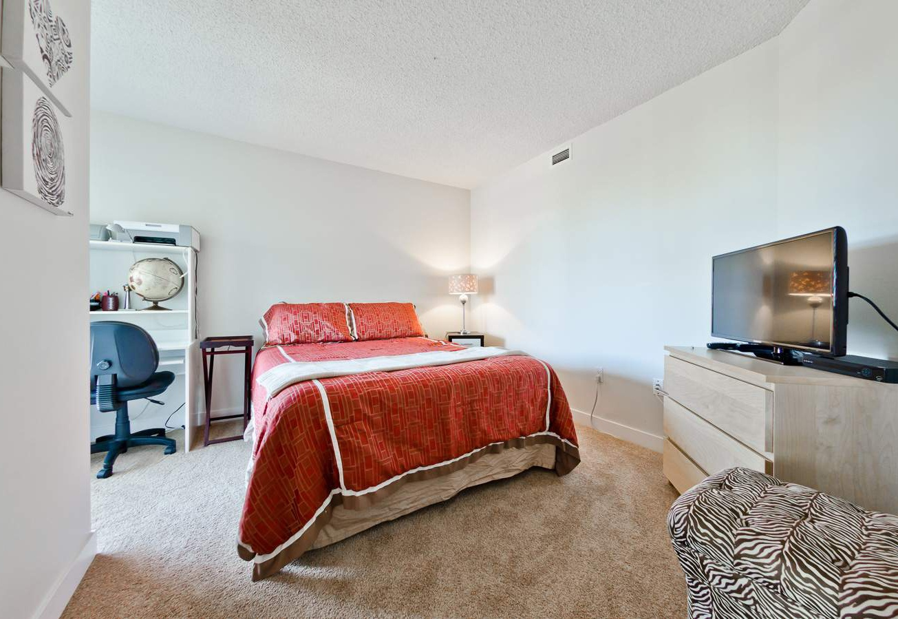 1901  1100 8th Ave SW Rental
