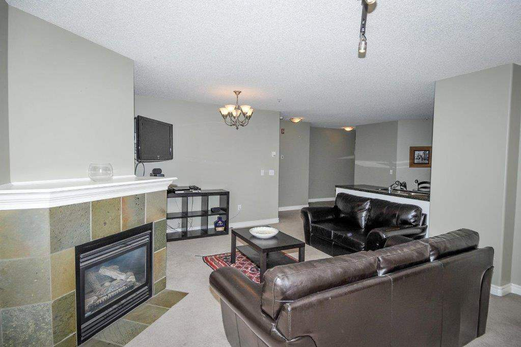 202 735  56 Ave in Calgary, AB