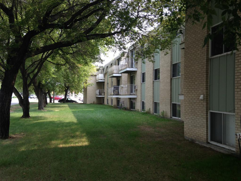 33 ST W in Saskatoon, SK is Now Available
