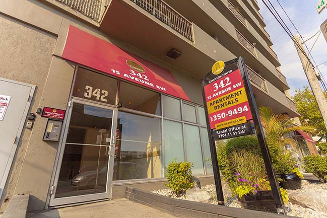 342 15th Avenue SW in Calgary, AB