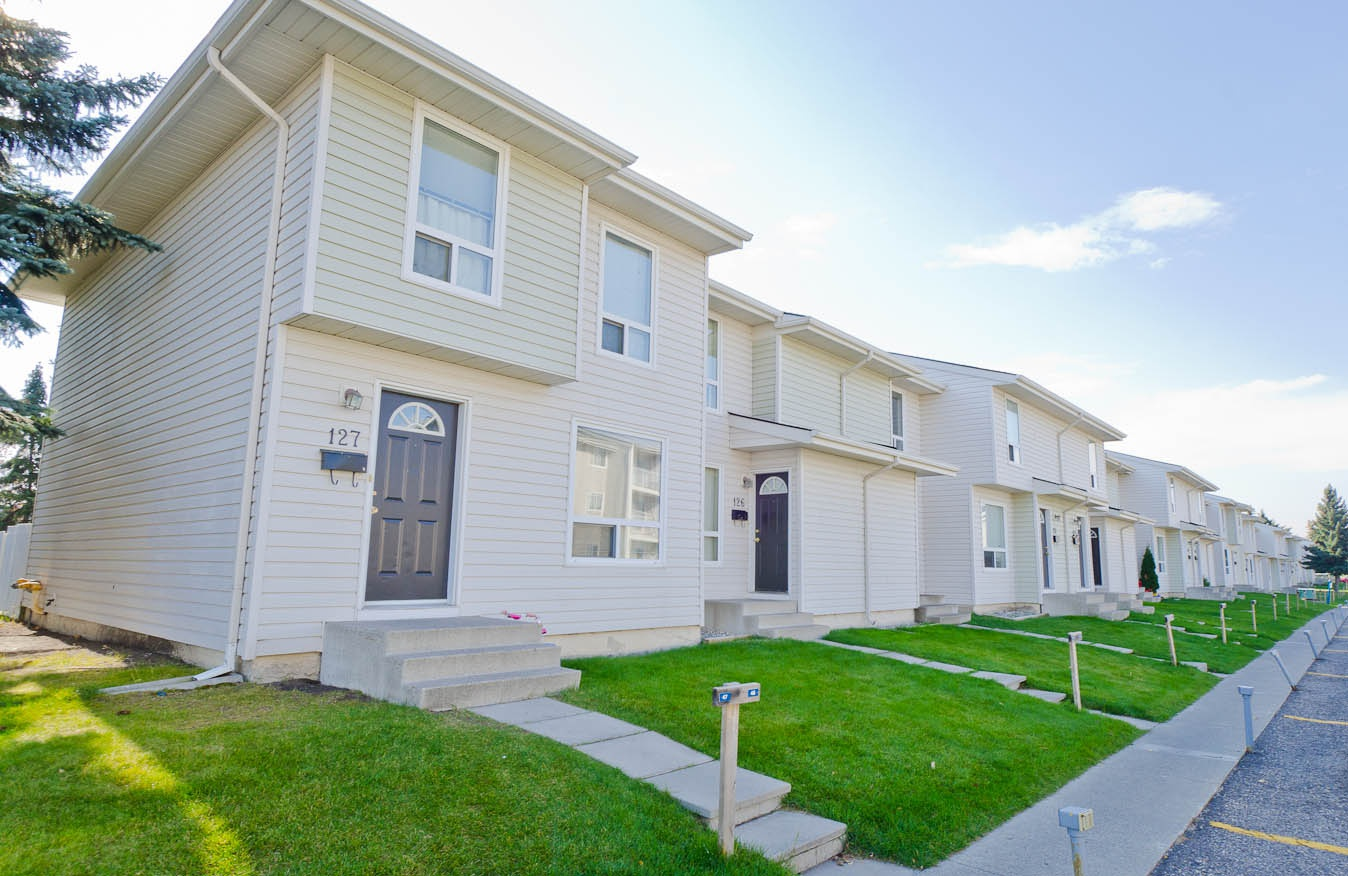40  Radcliffe Cres. SE in Calgary, AB