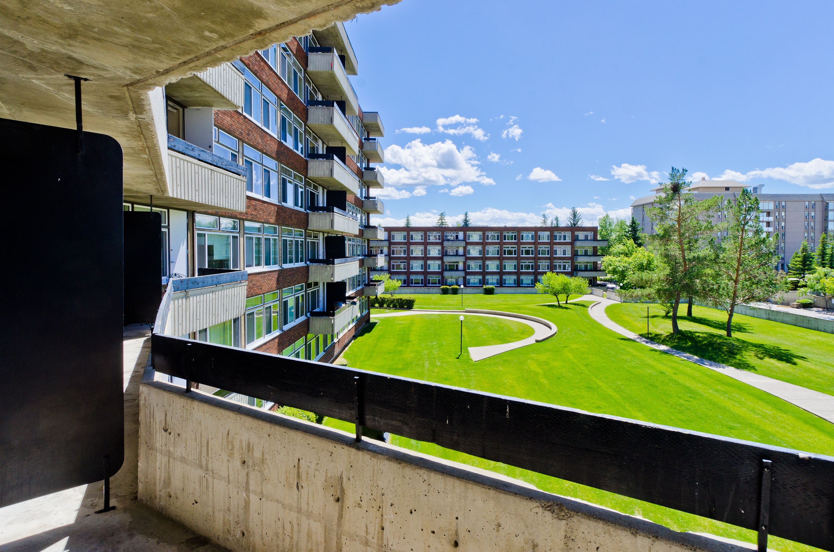 4515 Varsity Dr. NW in Calgary, AB is Now Available