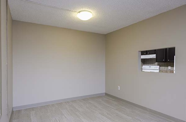 615 Confederation Drive Rental