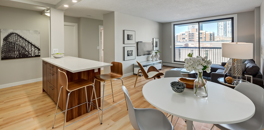 930-15th Ave SW Rental