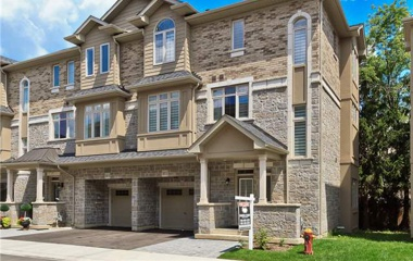 2011 Deerview Common, Oakville, ON, Canada