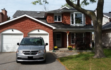 61 Pittaway Ave in Ottawa, ON