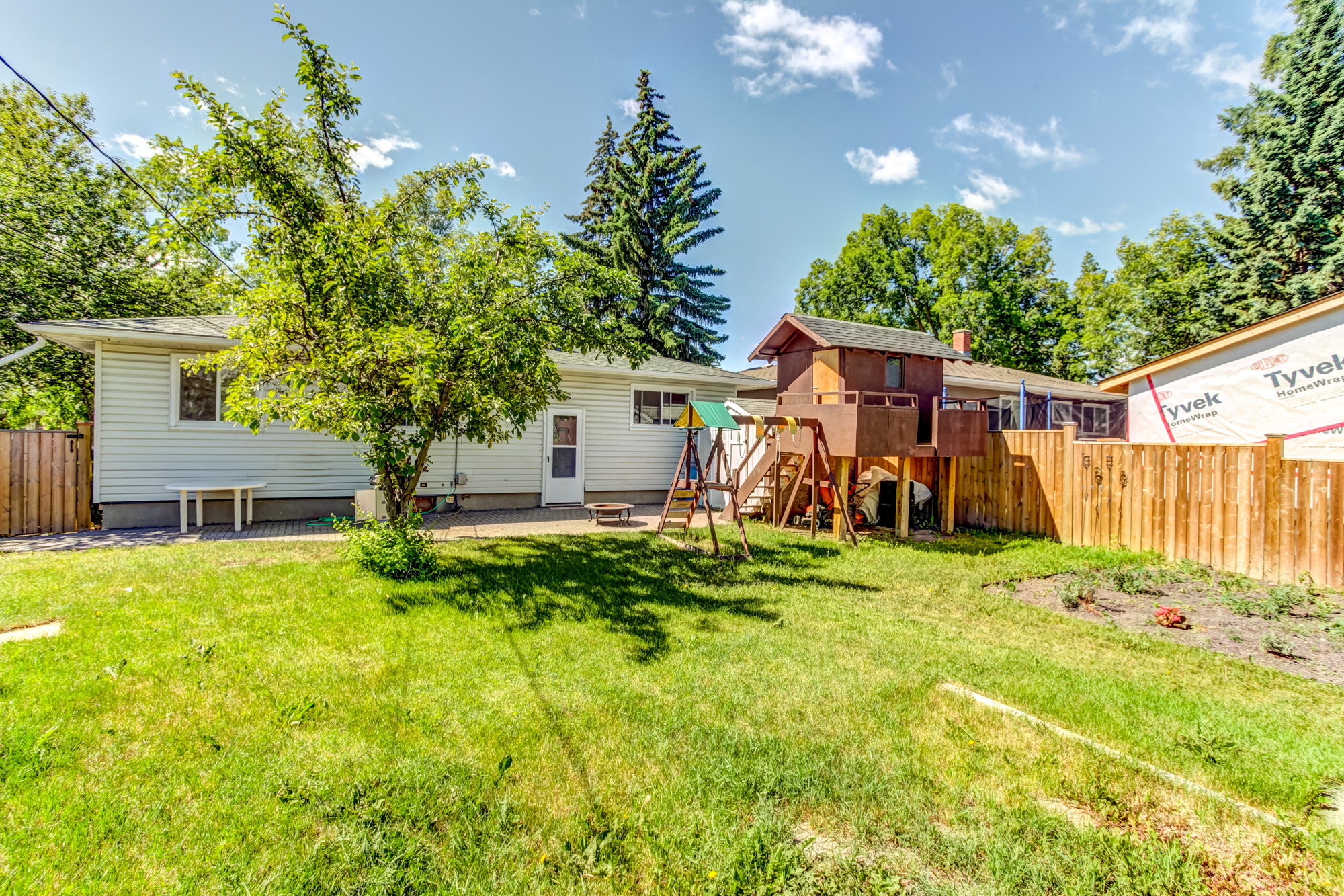 72 Kendall Pl SW in Calgary, AB