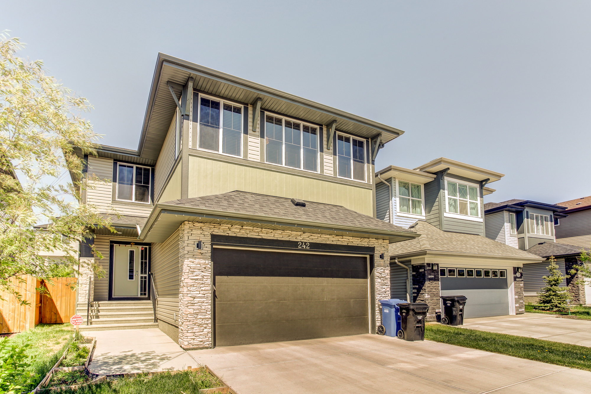 242 Walden SQ SE in Calgary, AB is Now Available