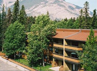 Apartment for rent at 550A Cougar St., Banff, AB. This is the outdoor building with mountain view.