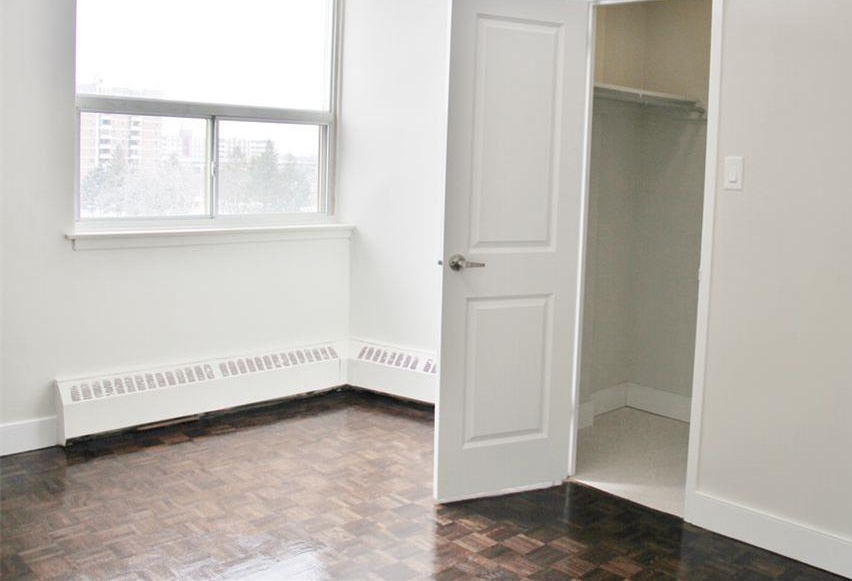Apartment for rent at 141 Main St S, Brampton, ON. This is the bedroom with natural light and tile floor.