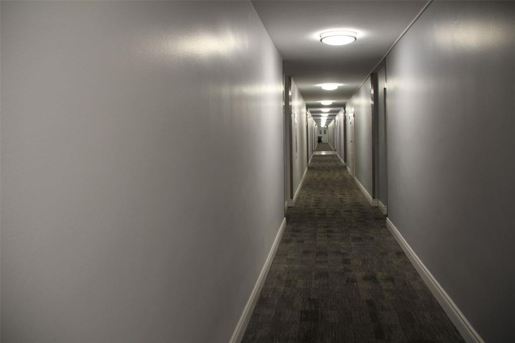 Apartment for rent at 141 Main St S, Brampton, ON. This is the corridor.