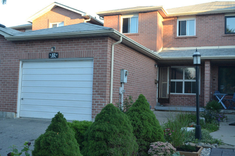 House for rent at 52 Donna Dr, Brampton, ON.