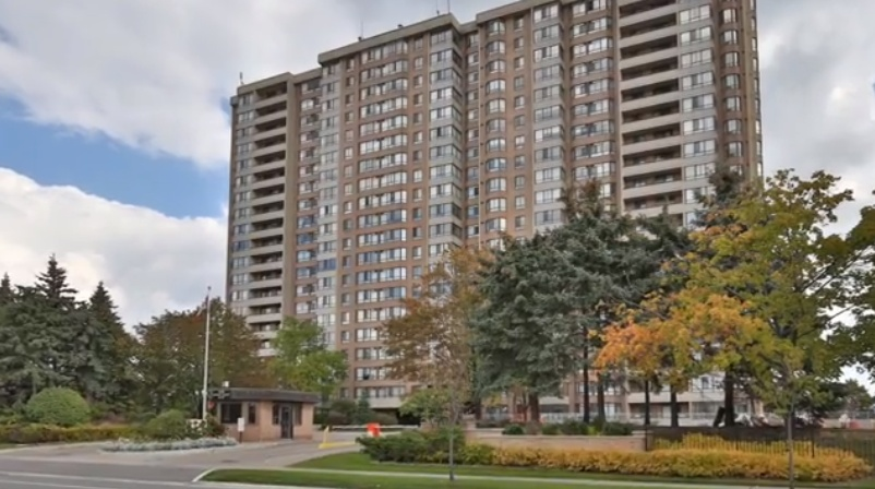 Condo for rent at 100 County Ct Blvd, Brampton, ON.