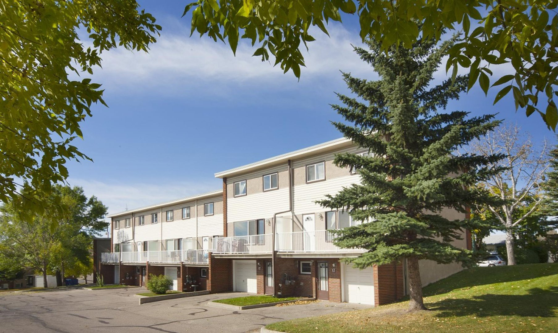 Townhouse for rent at 47 Cornell Road NW, Calgary, AB.