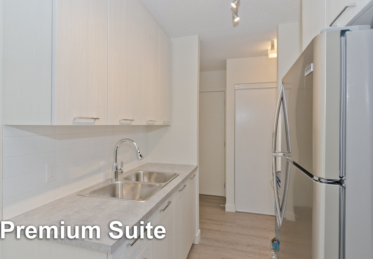Low-Rise Apartment for rent at 10 Glenway Pl SW, Calgary, AB. Glamorgan Manor