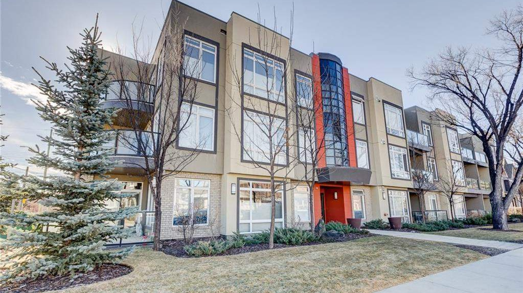 Low-Rise-Apartment for rent at 540 34 Street NW, Calgary, AB.