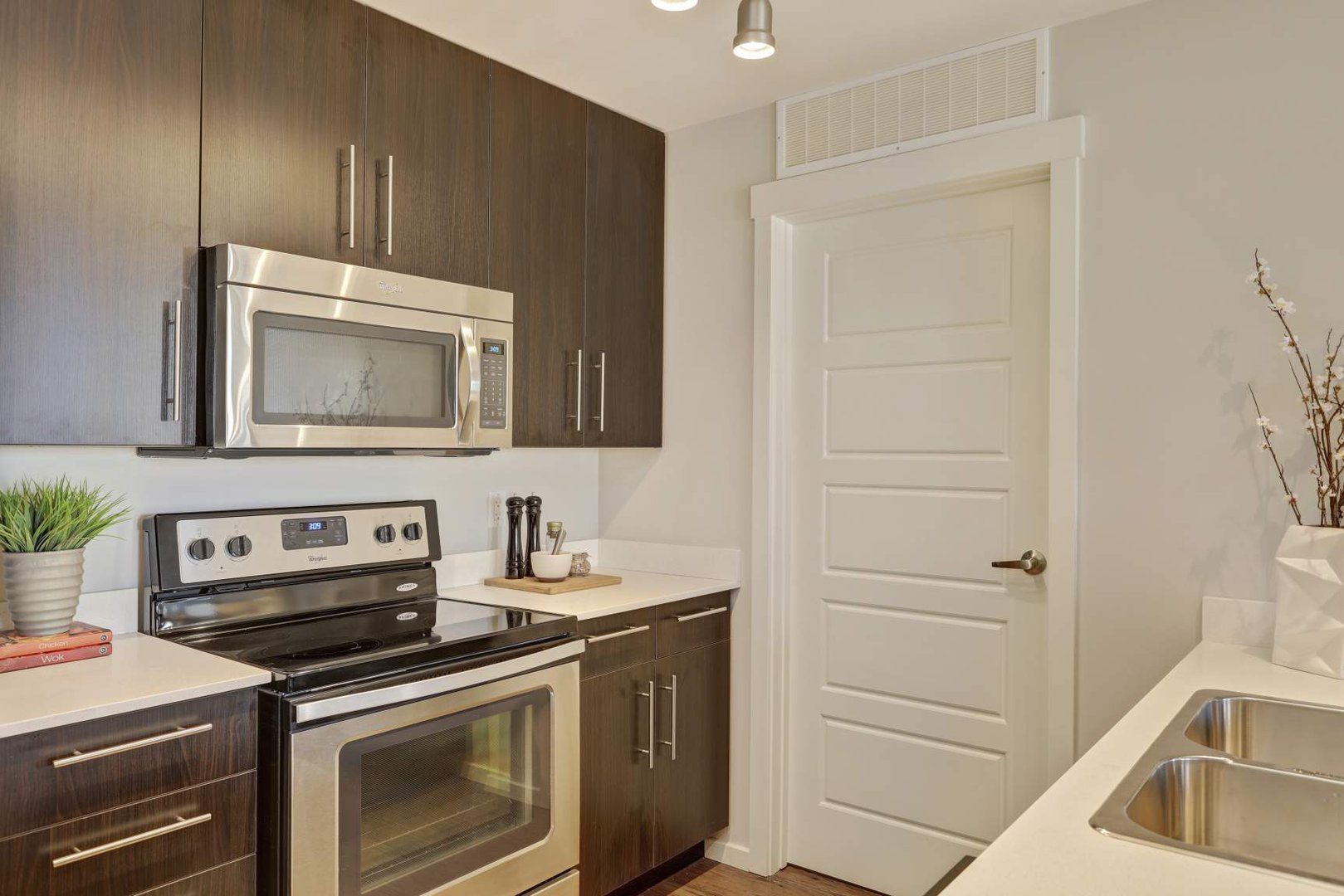 Mid-Rise-Apartment for rent at 355 Skyview Ranch Drive NE, Calgary, AB.