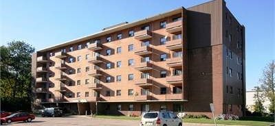 Low-Rise-Apartment for rent at 204 Hespeler Road, Cambridge, ON. This is the outdoor building.