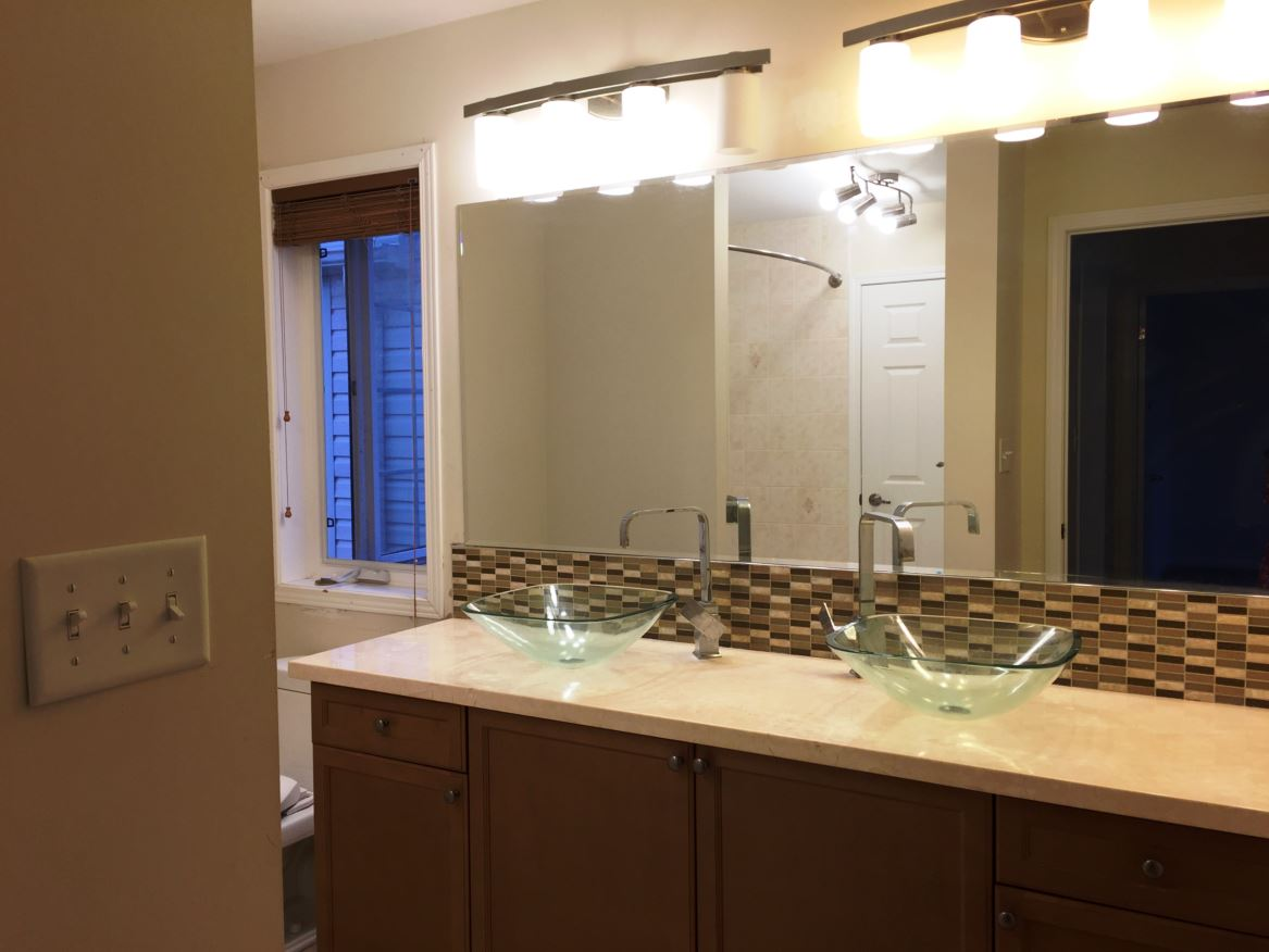 Apartment for rent at 150 Holland Cricle, Cambridge, ON. This is the bathroom with natural light.